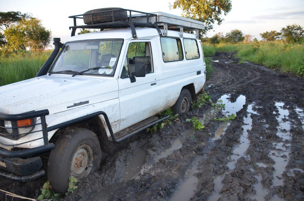 Weggesunken im Schlamm auf dem Weg nach Muchila