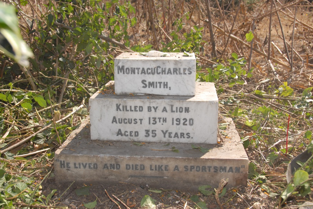 Charles Montague Smith's grave